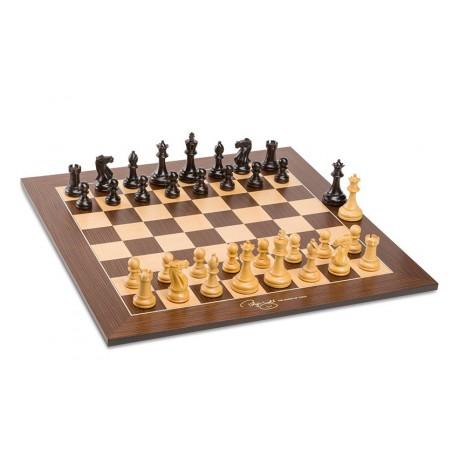 Set šachovnice a figur Judit Polgar